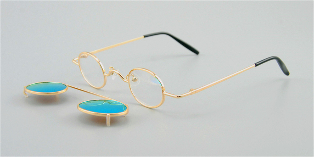 Hipster Small Sunglassess, Golden-d Frame