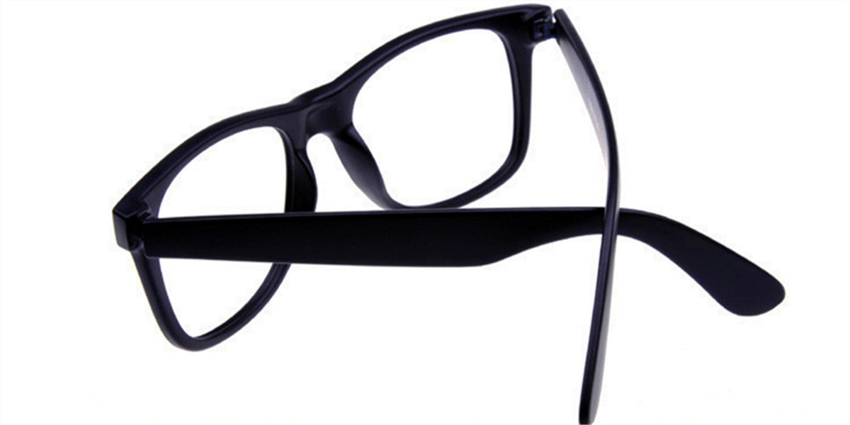 Black Eyeglasses for Oval Face